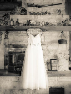 Michigan outdoor wedding by Lilac and Mane Photography